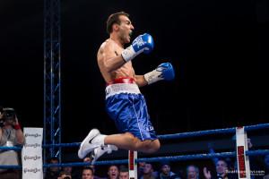 Emiliano Marsili esulta dopo la vittoria del titolo europeo