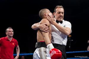 Luca Giacon viene fermato dall'arbitro nel match contro Marsili